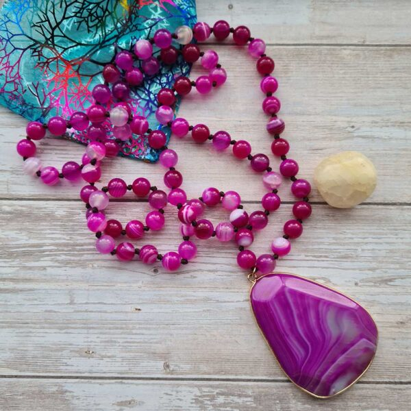 pink-agate-crystal-necklace-heart-product-image